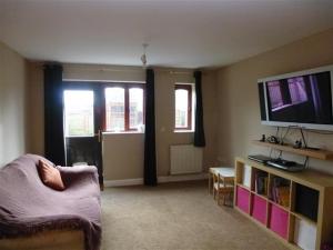 dauntsey living room